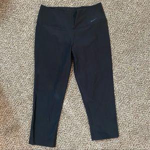 NIKE    high waist leggings capris size small